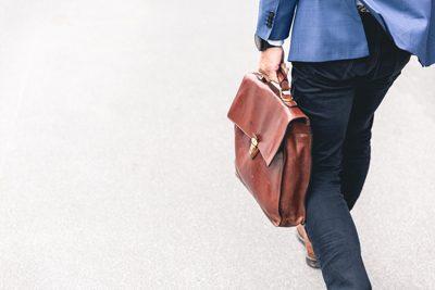Stellenkarussell? Der Weg zur optimalen Positionierung der Manager und Leader im Unternehmen